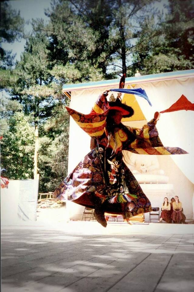 Lama_Tharchin_Rinpoche_dancing_black_hat